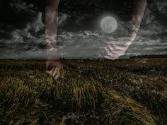 Mondguide: Wie du mit den sensitiven Kräften des Mondes leben kannst Pagan, Celestial, Outdoor, Spirit, Photos, Solar Lunar, Full Moon, Shapes Of Moon, Book Of Shadows