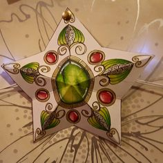 Check out this amazing star that Kim Brent did from this video: https://www.youtube.com/watch?v=6ZYhWaBijhw