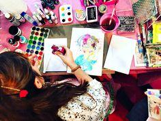 Cinderella creating an ArtJournal / artjournaling show live