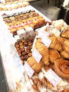 5 Days in London, Cheap Places to eat, Borough market