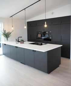 Modern dark home and decor ideas to Match Your Soul, You Must Try In 2020 - Page 40 of 75 - Life Tillage Open Plan Kitchen Living Room, Kitchen Room Design, Home Decor Kitchen, Interior Design Kitchen, Black Kitchens, Home Kitchens, Black Interior Design, Modern Kitchen Cabinets, Contemporary Kitchen Design