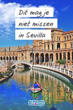 Als je in één Spaanse stad uren langs mooie gebouwen kunt wandelen, dan is het wel in Sevilla. Maar waar begin je nu…? We nemen je mee langs de bezienswaardigheden in Sevilla die je zeker gezien moet hebben tijdens een eerste bezoek aan de stad. En je bent gewaarschuwd; grote kans dat je verliefd terug komt! Valencia, Andalusia, Barcelona, Travel List, Spain Travel, Malaga, Beautiful World, The Good Place, Travel Photography
