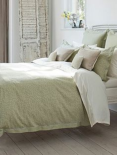 set cover duvet hiend from king white in green bed buy beyond capri accents bath