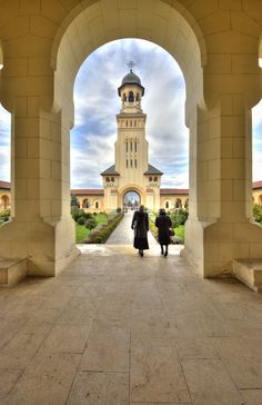 A great photo of the the Reunification Cathedral in Alba Iulia, Romania. How typical Romanian… Places Around The World, Around The Worlds, Visit Romania, Places Worth Visiting, Future Travel, Eastern Europe, Homeland, Hungary, Places To See