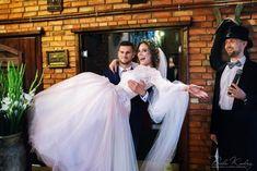 Dagmara & Darek reportaż ślubny, Fotografia: Białe Kadry Formal Dresses, Wedding, Fashion, Fotografia, Dresses For Formal, Valentines Day Weddings, Moda, Formal Gowns, Fashion Styles