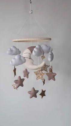 Baby Room Diy, Baby Room Decor, Nursery Decor, Baby Room Design, Nursery Design, Baby Crib Mobile, Baby Mobiles, Diy Bebe, Animal Decor