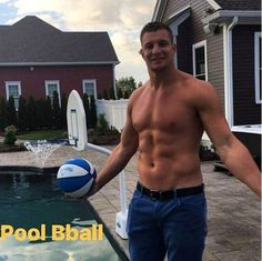 GRONK 😍, - Fitness and Exercises, Outdoor Sport and Winter Sport Gronk Patriots, New England Patriots Football, Rob Gronkowski Shirtless, Red Sox Nation, Football Memes, Giants Football, Rugby Men, American Football Players, Country Guys