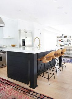 We know your kitchen is probably one of the most important spaces in your home, so we didn't waste time getting you the best inspiration from modern kitchens you'll certainly want to replicate this Spring. | www.barstoolsfurniture.com