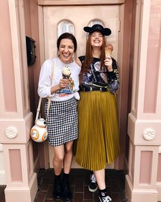 this is eve. we look the same when we face swap, we've taken a trip to florida together, and we spend way too much money on disney related… Disney Bound Outfits Casual, Star Wars Outfits, Disney Inspired Outfits, Disney Outfits, Disney Style, Disney Clothes, Curvy Fashion, Plus Size Fashion, Bree Kish