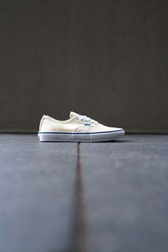 Vans Vans Slip On, Rubber Shoes, The Help, Converse, Sneakers, Tennis, Slippers, Vans Slippers, Sneaker