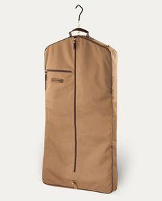 Garment Bags - Best Garment Bad - Signature Garment Bag | Noble Outfitters