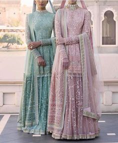 I just found out amazing Bridal Sabyasachi Lehenga Prices from his 2019 and 2018 collection. Check out 29 lehenga prices and gorgeous real bride pictures. Bridal Anarkali Suits, Pakistani Bridal Dresses, Pakistani Outfits, Bridal Lehenga, Indian Dresses, Sabyasachi Suits, Sabhyasachi Lehenga, Walima Dress, Anarkali Gown