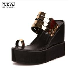 33.82$  Buy now - http://alimge.shopchina.info/go.php?t=32803030004 - Women Sandals Brand Designer Wedge Heels Ladies Sexy Metal Decor Creepers Heeled Gladiator Shoes Zapatos Mujer Gold Shoes Woman 33.82$ #aliexpressideas