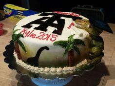 Dinosaur  high schoolgraduation cake