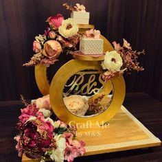 Plate Decoration Ideas for Engagement to Make It Pretty for You Indian Wedding Gifts, Desi Wedding Decor, Wedding Reception Backdrop, Wedding Crafts, Diy Diwali Decorations, Wedding Decorations On A Budget, Engagement Decorations, Ring Holder Wedding, Ring Pillow Wedding