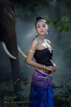 Asian beautiful antique silk dress. by Pitakchatr