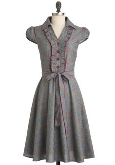 About the Artist Dress in Garden- love the fabric, sleeves, and cut of this one. --Modcloth