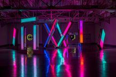Stage Lighting, Neon Lighting, Dance Studio Design, Neon Light Art, Light Art Installation, Art Installations, Soft Sculpture, Metal Sculptures, Abstract Sculpture