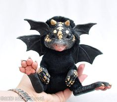 Colby the Black Dragon - Soft Art Doll with Posable Wings - The little feet! AAAAHHHHHHH, the cuteness!