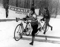 Old Bikes, Bike Stuff, Cycling, Bicycle, Retro, Interior, Fun, Photos, Vintage