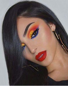 Gorgeous Golden Makeup Look 2018 - Makeup Looks Dramatic Makeup Looks 2018, Makeup Eye Looks, Cute Makeup, Eyeshadow Looks, Glam Makeup, Gorgeous Makeup, Makeup Inspo, Makeup Inspiration, Beauty Makeup