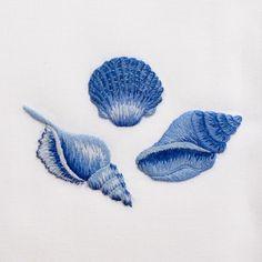 Shell Set Indigo<br>Hand Towel - White Cotton