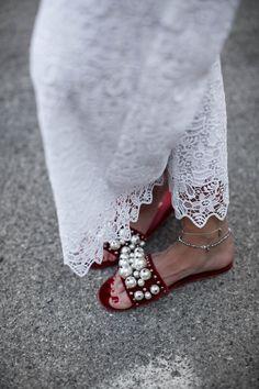 black palms lace white miu miu slipper sandalen trend