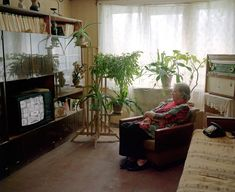 Amnesia: Post-Soviet Latvia as Seen in a Project by Arnis Balkus — Bird In Flight Legend Homes, Interior Architecture, Interior Design, Amnesia, Interior Photography, Soviet Union, Cozy House, Birds In Flight, Retro