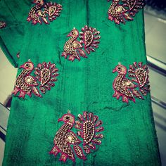 No photo description available. Patch Work Blouse Designs, Best Blouse Designs, Simple Blouse Designs, Blouse Neck Designs, Hand Embroidery, Beaded Embroidery, Embroidery Designs, Zardosi Embroidery, Embroidery Works