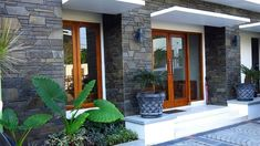 Beautiful Modern Wall Exterior Design Ideas - Watch Video - Home Decor Exterior Wall Design, Entrance Design, Modern Exterior, Wall Design Outside House, Affordable Bedroom Sets, Bungalow House Design, Bedroom Pictures, Modern Room, Modern Wall