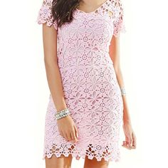 Fabulous Crochet a Little Black Crochet Dress Ideas. Georgeous Crochet a Little Black Crochet Dress Ideas. Short Summer Dresses, Trendy Dresses, Short Sleeve Dresses, Baby Dresses, Pink Dress, Lace Dress, Tunic Dress Patterns, Crochet Woman, Irish Lace