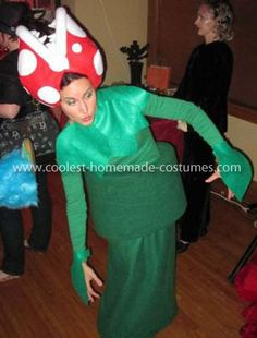 The Homemade Piranha Plant from Mario Bros Costume is a great costume for anyone! It's an unexpected yet beloved Mario Bros character that's guaranteed to Most Creative Halloween Costumes, Family Halloween Costumes, Cool Costumes, Costumes For Women, Halloween Ideas, Halloween 2018, Costume Ideas, Halloween Party, Mario Costume Diy