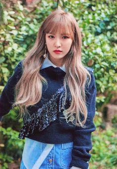 Wendy Seulgi, Kpop Girl Groups, Korean Girl Groups, Kpop Girls, Wendy Red Velvet, Red Velvet Irene, Oppa Gangnam Style, Queens, Kim Yerim
