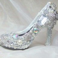 Inspired by Cinderella's glass slipper...I will get married in these!