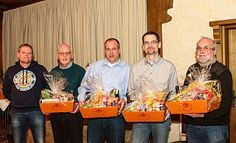 Guten Appetit: Markus Barmeier (v. l.) bedankt sich bei Gerd Lümkemann, Markus Bierbaum, Holger Möller und Peter Dold für die gute Zusammenarbeit. - Yvonne Gottschlich