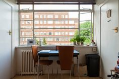 House Tour: A 270 Square Foot London Studio Apartment | Apartment Therapy