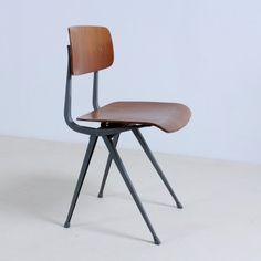 blue rar rocking chair from the seventies by charles & ray eames
