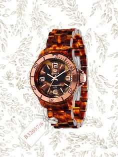 Model B32057/6  looking for more? https://www.facebook.com/mareawatches