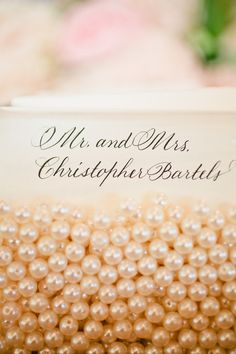Escort cards in pearls