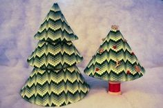 bargello Christmas trees charted needlepoint