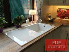 Keramikspüle Villeroy & Boch Timeline 60. Schlichte Eleganz und höchste Produktqualität vereint in einer zeitlosen Spüle für Ihre Küche. Lassen Sie sich von uns beraten. Ihre EUE Hamburg Team.