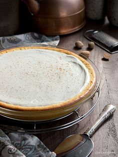 easy low carb cheesecake perfect for gluten free, Atkins, Keto, & LCHF diets. This cheese pie recipe is like a New York Cheesecake in pie form. Cheese Pie Recipe, Cream Cheese Pie, Cheese Pies, Cheese Bread, Cheddar Cheese, Crustless Cheesecake Recipe, Low Carb Cheesecake Recipe, Eggnog Cheesecake, Cheesecake Brownies