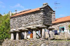 Imagen Costa, Pergola, Outdoor Structures, Granite, Land's End, Mountain Range, Pilgrim, Lanterns, Grey Hair