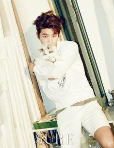 Kang Min Hyuk + Kittens = cuteness overload