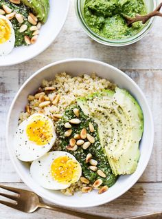 How To Eat Quinoa For Breakfast, Lunch, AND Dinner #refinery29 http://www.refinery29.com/quinoa-recipes