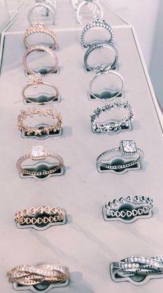 Moissanite Flower Engagement Ring Set White Gold Moissanite Diamond Rings Flower Engagement Rings – Fine Jewelry Ideas - Famous Last Words Pear Diamond Engagement Ring, Engagement Rings, Pear Ring, Morganite Engagement, Cute Jewelry, Jewelry Accessories, Jewelry Ideas, Jewelry Trends, Women Jewelry