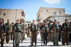 PHOTO: (Mainly) Kurdish YPG&#039