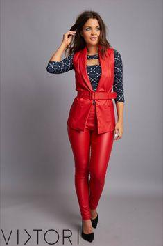 SS2020 kollekciónk megérkezett! 💋✨ #VIKTORInewin Keresd forgalmazóinknál, vagy a webshopon! www.viktori.hu  #VIKTORI #ViktoriBudapest #fashion #photooftheday #style #viktorinewin #viktoriSS2020 #outfitoftheday #fashionaddict #designer Fasion, Jumpsuit, Pants, Dresses, Overalls, Trouser Pants, Vestidos, Fashion, Jumpsuits