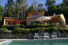 Vakantiehuis 'La Bréloque:  paradijsje aan de Bresque.' Provence, Mansions, House Styles, Outdoor Decor, Home Decor, Mansion Houses, Homemade Home Decor, Manor Houses, Fancy Houses