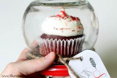 Cupcake Gift Jar. - how great and unique is this idea!